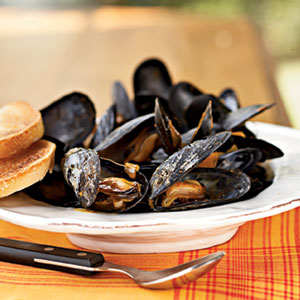 steamed-mussels-ck-1662934-l